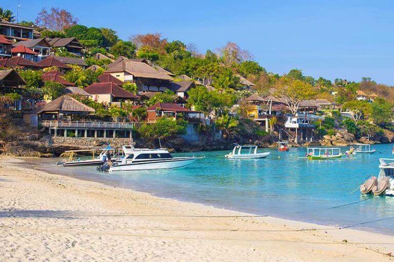 Mashroom Bay Nusa Lembongan