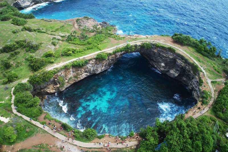 BronkenBeach Nusa Penida