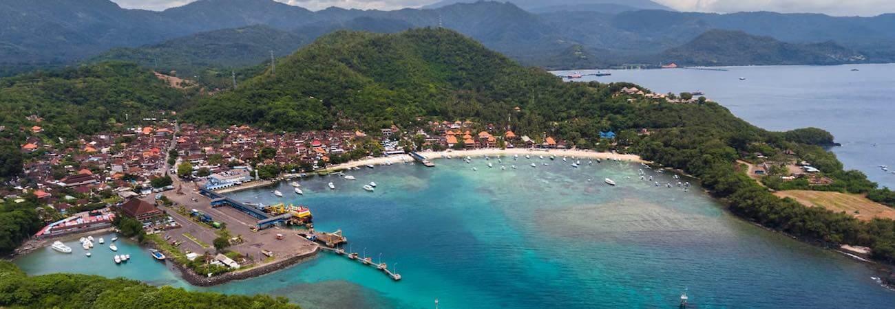 Vistas sobre Padangbai
