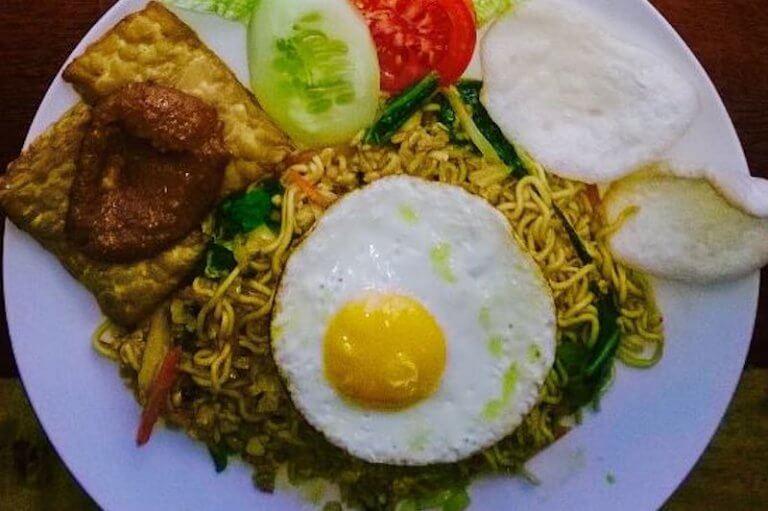 Ozone Cafe Donde comer en Padangbai