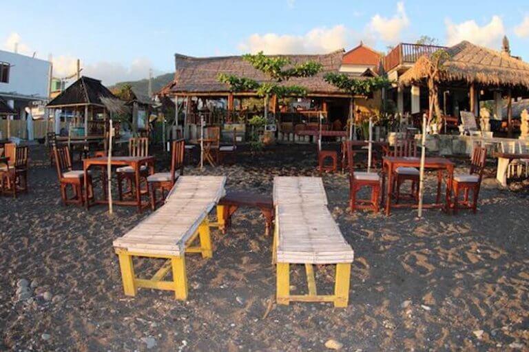 Warung Amsha restaurantes en Amed