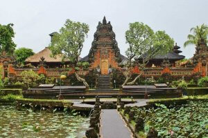 Pura Taman Saraswati Templos en Ubud Bali